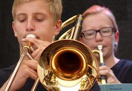Landes-Jugendjazzorchester Bayern und Jugend jazzt